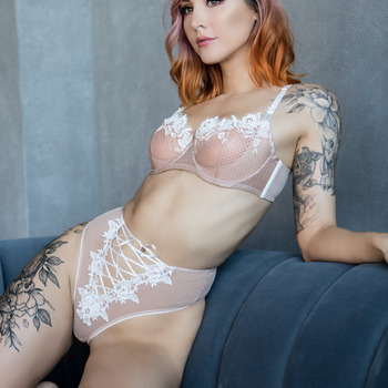 White & pink lingerie (20 photos)